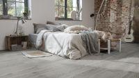 Vorschau: Tarkett Klebevinyl ID Inspiration 55 CLASSICS Scandinavian Oak Dark Grey Schlafzimmer