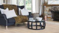 Vorschau: Tarkett Klebevinyl ID Essential 30 Aspen Oak BEIGE Wohnzimmer