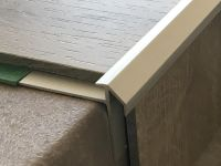 Treppenkantenprofil 492 silber