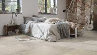 Tarkett Klebevinyl ID Inspiration 55 NATURALS Sediment Grey Schlafzimmer
