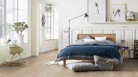 Tarkett Klebevinyl ID Inspiration 70 NATURALS Chatillon Oak Brown Schlafzimmer