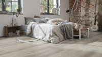 Vorschau: Tarkett Klickvinyl Starfloor Click Ultimate 30 Cascade Oak Shaded Schlafzimmer