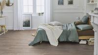 Vorschau: Tarkett Klebevinyl ID Essential 30 Smoked Oak LIGHT GREY Schlafzimmer