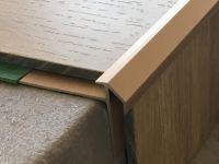 Treppenkantenprofil 492 bronze hell