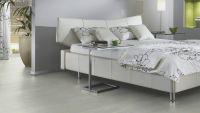 Vorschau: Tarkett Klebevinyl ID Essential 30 Washed Pine SNOW Schlafzimmer